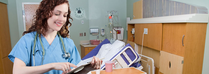 Pre-medical biology major gaining her clinical hours in a respiratory clinic.